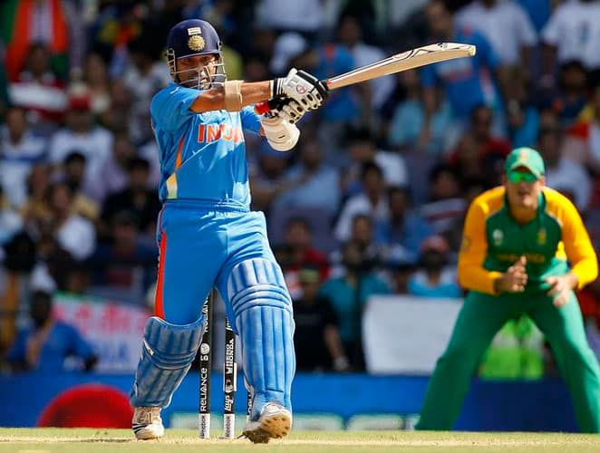 March 12, 2011: India were now up against the formidable Proteas side after they had defeated Netherland and Ireland in consecutive matches. Dhoni won the toss and chose to bat first. India openers – Sehwag and Tendulkar – demolished the South African bowling attack and stitched 142 runs for the first wicket. The second wicket produced another big partnership between Tendulkar and Gambhir – 125 runs that too came at a quick pace. Tendulkar was finally dismissed by Morkel, but once again, the Little Master had produced a magical innings in a tense match. India unfortunately lost them match as South African lower order produced a praiseworthy fight back. Result: South Africa won by 3 wickets -