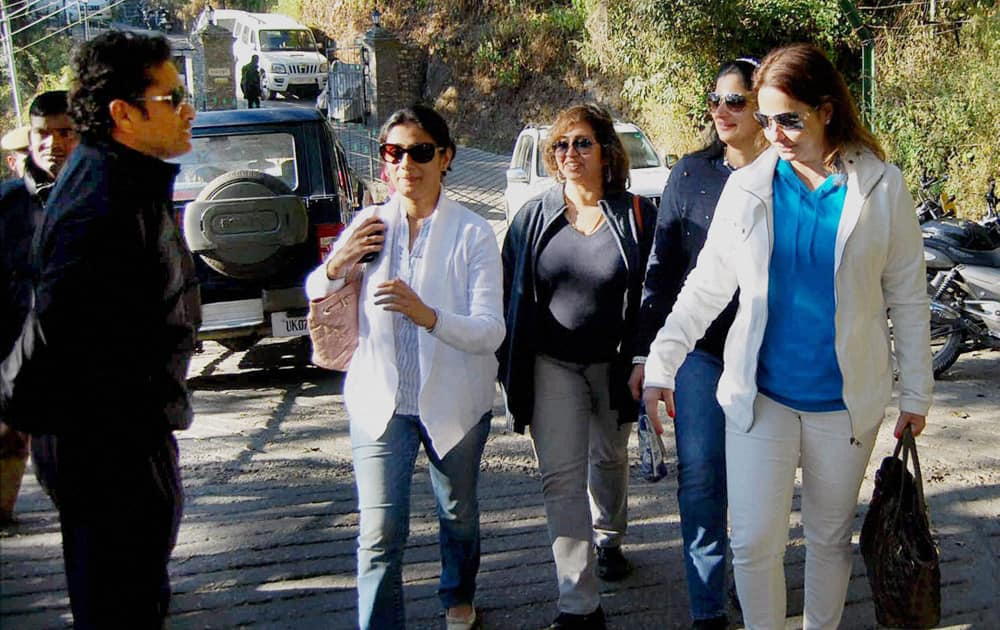 Sachin Tendulkar with his wife Anjali and friends arrives at a hotel in Mussoorie.