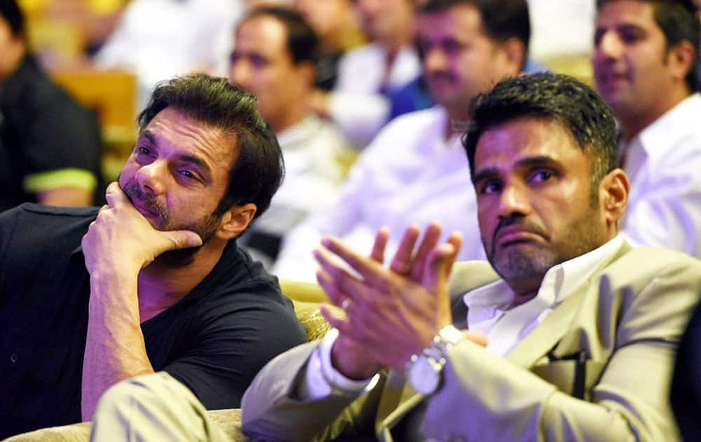 Bollywood actors Sunil Shetty and Sohail Khan at an event organised for disabled persons at SKICC in Srinagar.