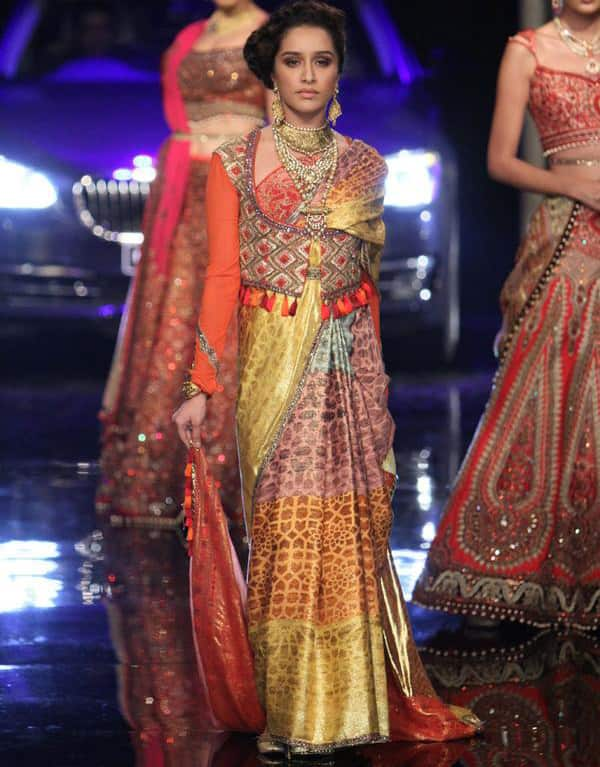 VOGUE India -  The final show of #IBFW2014 came to a close with @ShraddhaKapoor walking for @JJValaya6. twitter
