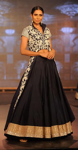 Candice Pinto walks the ramp during the trailer launch of film 'Happy New Year' at Sahara Star in Mumbai.- Rajneesh Londhe.DNA