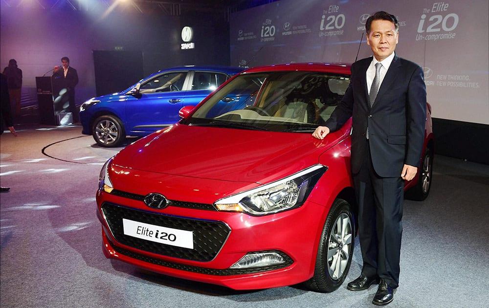 B S Seo, Managing Director and CEO Hyundai Motors India unveils the i20 Elite in New Delhi.