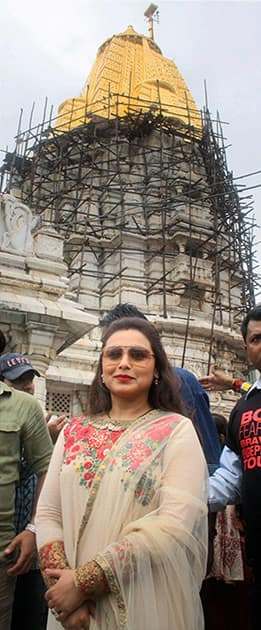 Rani Mukerji offers prayers at Ambaji tample, during promotion for her upcoming movie Mardaani in Ahmedabad.