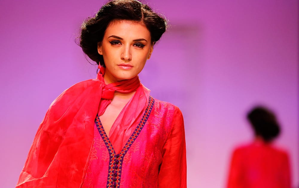A model displays creations by Krishna Mehta on the second day of the Lakme Fashion Week in Mumbai.