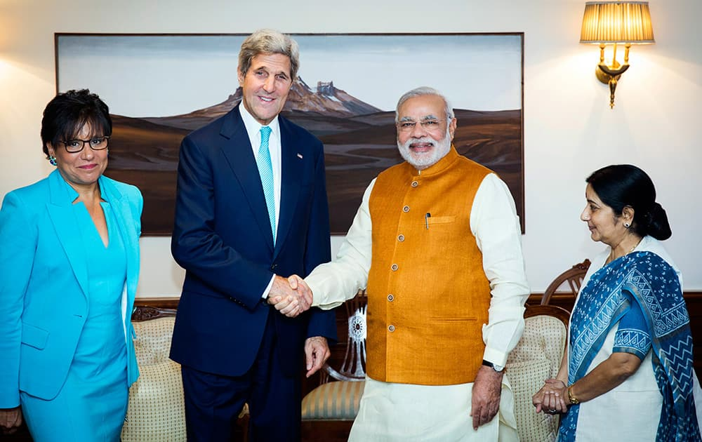 Modi meets Kerry, US Secretary of State, and Pritzker, Secretary of Commerce. Is invited to US by President Barack Obama in September.