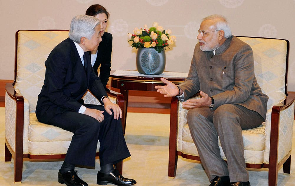 Prime Minister Narendra Modi with Emperor of Japan Akihito at a meeting in Tokyo.