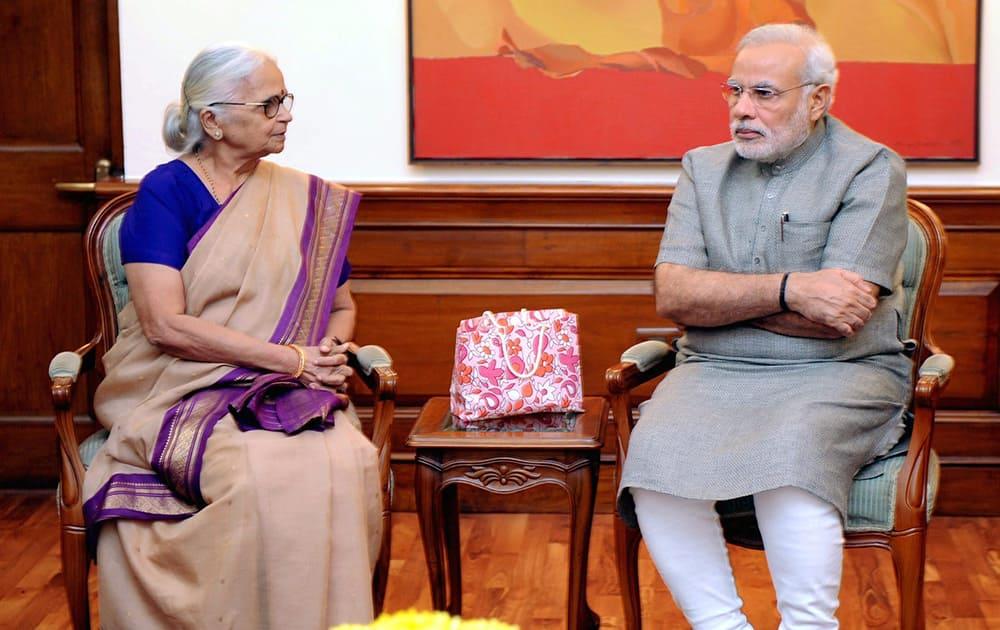 Prime Minister Narendra Modi in a meeting with Governor of Goa, Mridula Sinha in New Delhi.