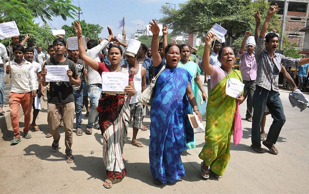 Roadside Vendors protest against the Metropolitan Development Authority in Guwahati.