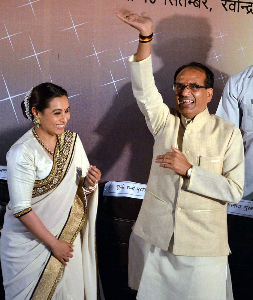 Madhya Pradesh Chief Minister Shivraj Singh Chouhan with Bollywood actress Rani Mukerjee during inauguration of Film Festival in Bhopal.