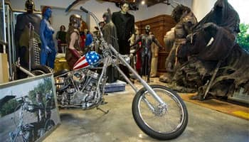 'Easy Rider' chopper tipped to fetch USD 1m at auction
