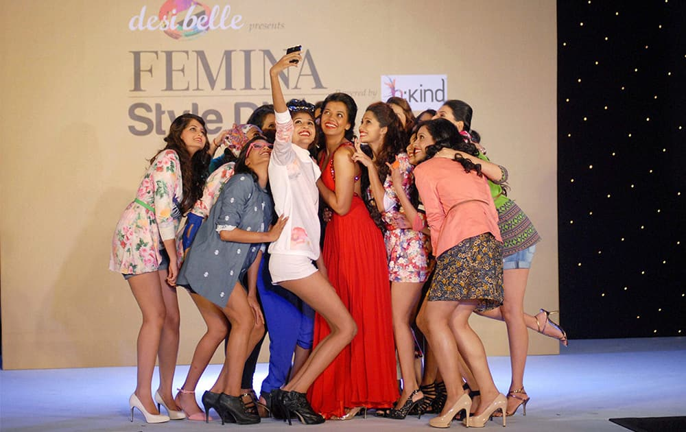 Contestants of Femina Style Diva 2014 take a selfie with actress Mugdha Godse in Pune.