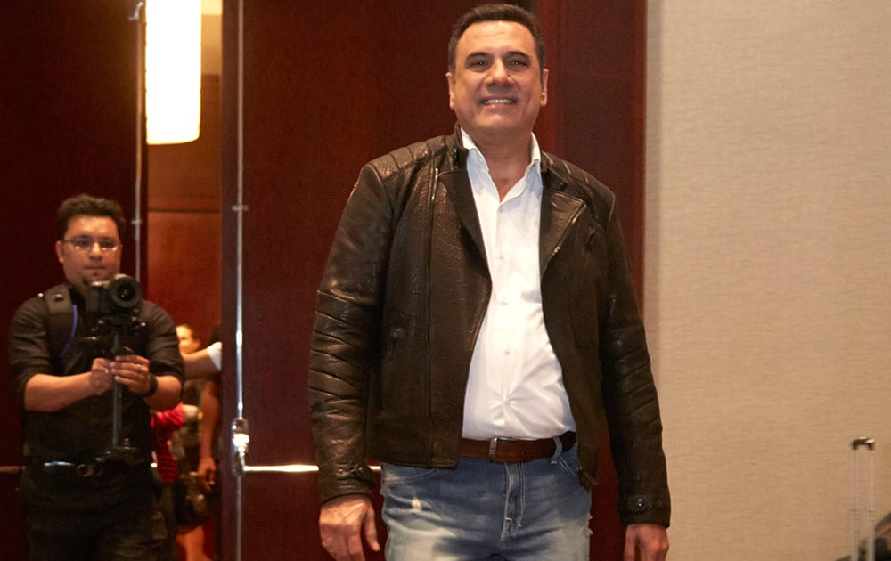 BOMAN IRANI AT THE PRESS CONFERENCE OF SLAM THE TOUR IN HOUSTON.