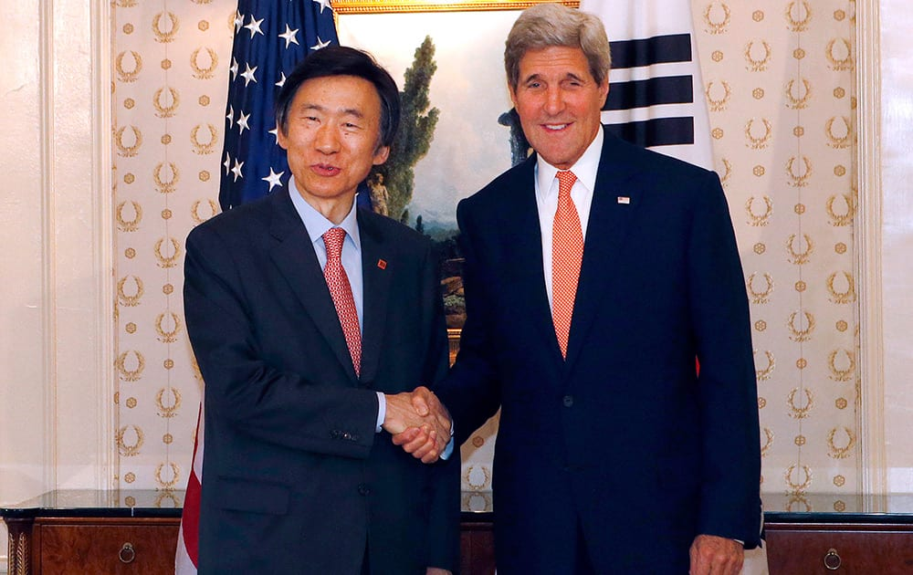 Secretary of State John Kerry, meets with South Korean Foreign Minister Yun Byung-se at the Waldorf Astoria Hotel in New York.