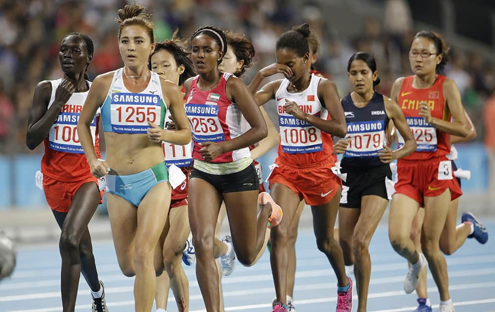 The women's 10,000 meters field run at the 17th Asian Games in Incheon, South Korea.