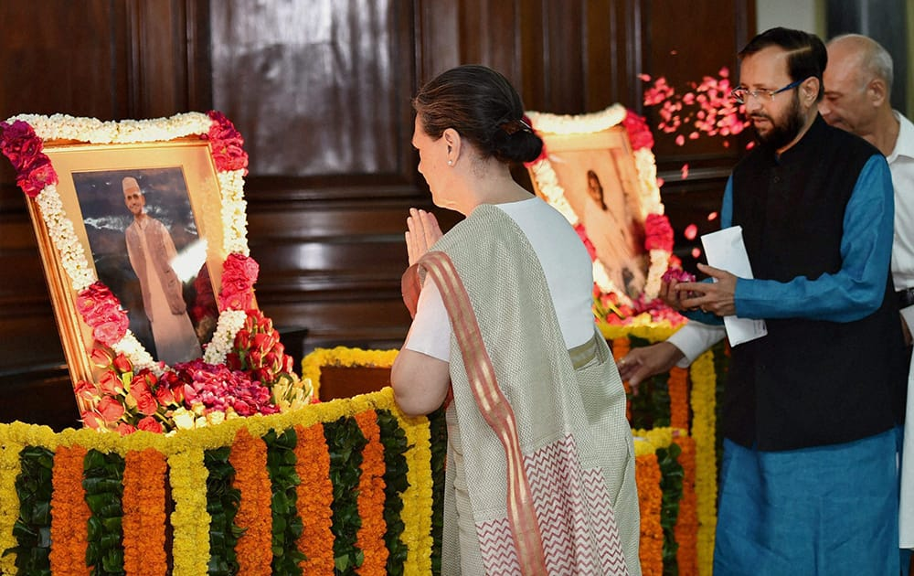 Congress President Sonia Gandhi paying tribute to former Prime Minister Lal Bahadur Shastri and Mahatma Gandhi on their birth anniversary at Parliament House in New Delhi.