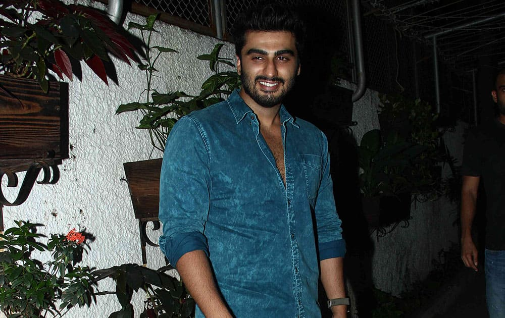 Arjun Kapoor at the screening of the Hollywood movie 'Gone Girl' at a suburban preview theatre in Mumbai. dna