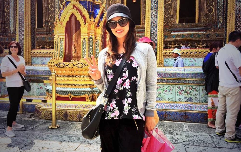 Sunny Leone - twitter