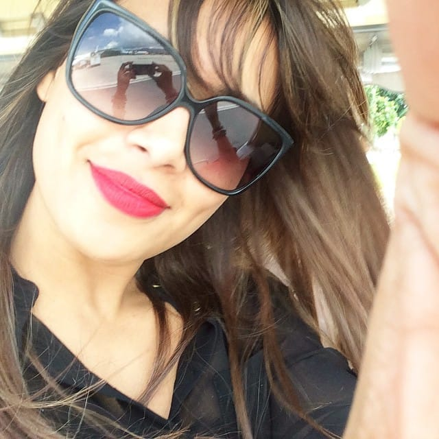 bipasha basu - Yayyyy beach time:) -instagram