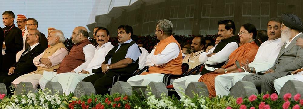 PM Narendra Modi, BJP President Amit Shah, Venkaiah Nadu, Nitin Gadkari and others at the swearing-in ceremony of new Maharashtra government in Mumbai.