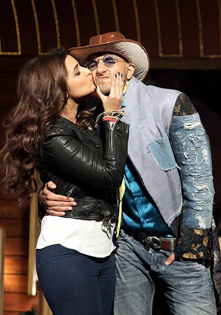 Bollywood actors Ranveer Singh and Parineeti Chopra during the song launch of film Kill Dil in Mumbai.
