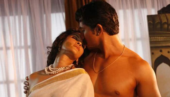 'Rang Rasiya' screened for a cause