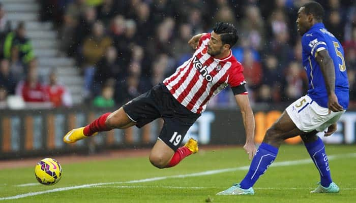 Shane Long at the double as Southampton down Leicester
