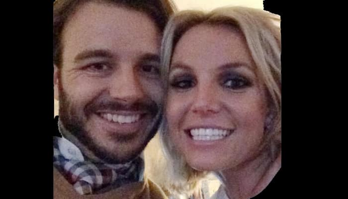 Britney Spears posts selfie with new beau