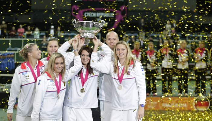 Petra Kvitova leads Czechs to third Fed Cup title in four years