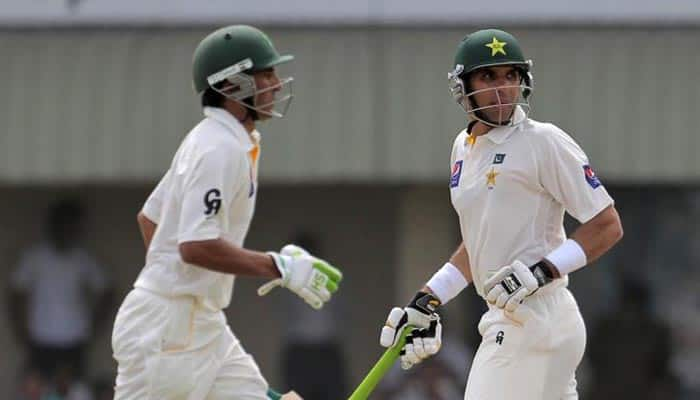 Misbah-ul Haq, Younis Khan lead Pakistan's charge in first Test