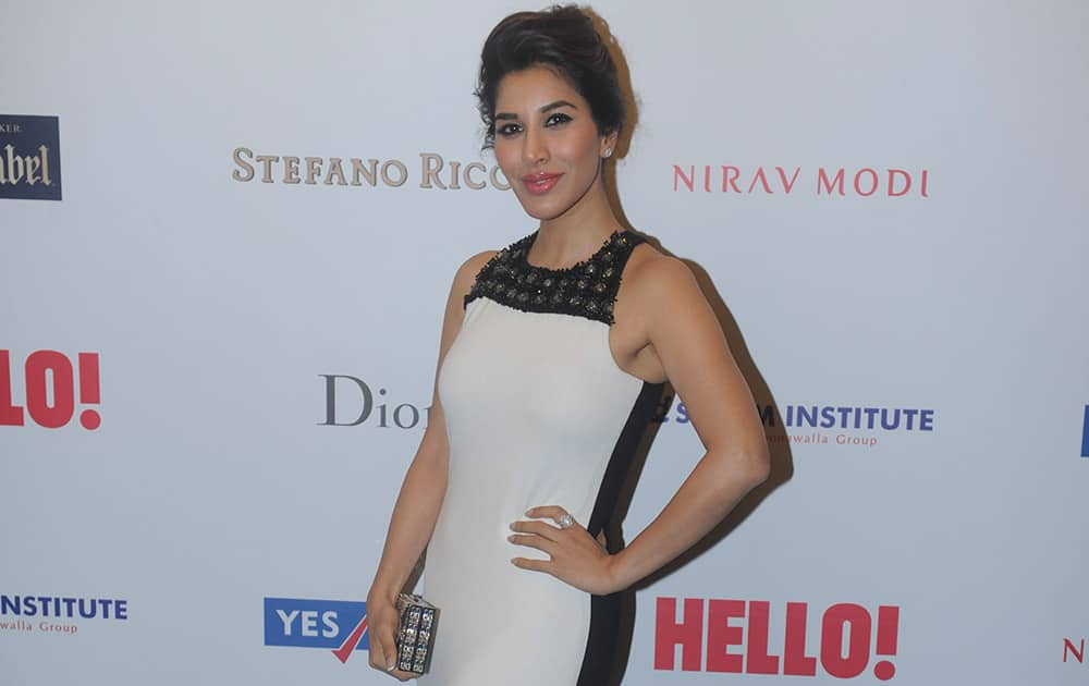 Sophie Chaudhary during the HELLO! Hall of fame awards 2014 in Mumbai. -dna