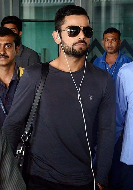 Virat Kohli arrives in Kolkata for the 4th ODI against Sri Lanka.