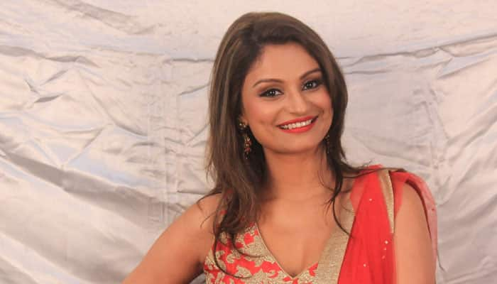 'Bigg Boss 8': Dimpy plays the game well!