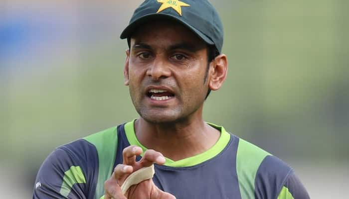 Pakistan retain under-scrutiny Mohammad Hafeez for second Test