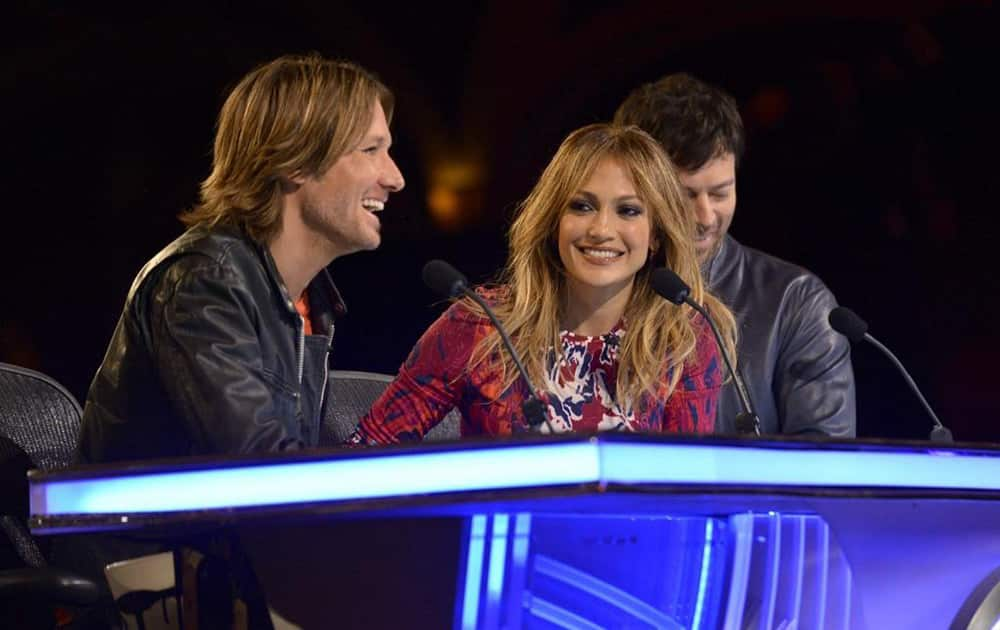 Jennifer Lopez @JLo: #HollywoodWeek was so much fun!! Love these guys @KeithUrban @HarryConnickJR #idol - Twitter