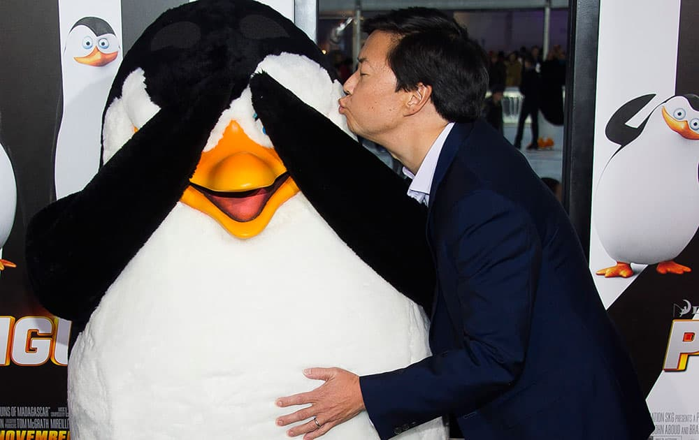 Ken Jeong attends the premiere of