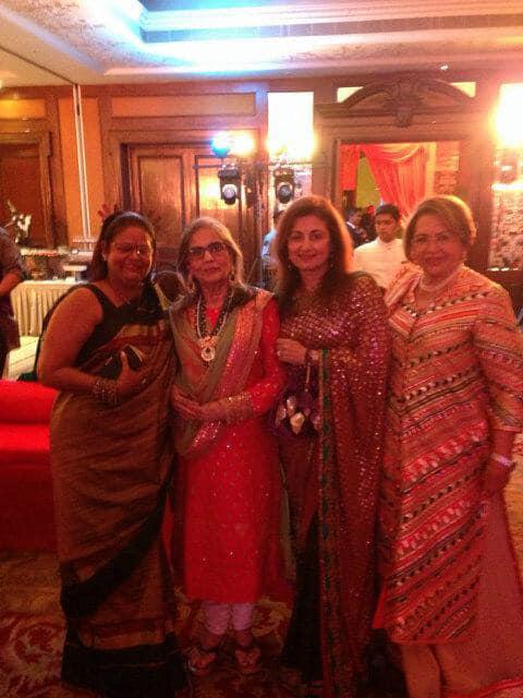 @amuarora  -Now that's what u call real women!mom,aunty salma,aunty kiran n aunty Helen!  -TWITTER
