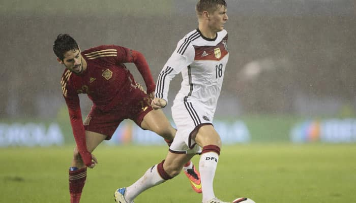 Germany beat Spain in `clash of titans`