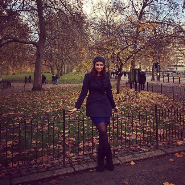 PARINEETI CHOPRA :-Beautifulllll winter!! London  -twitter