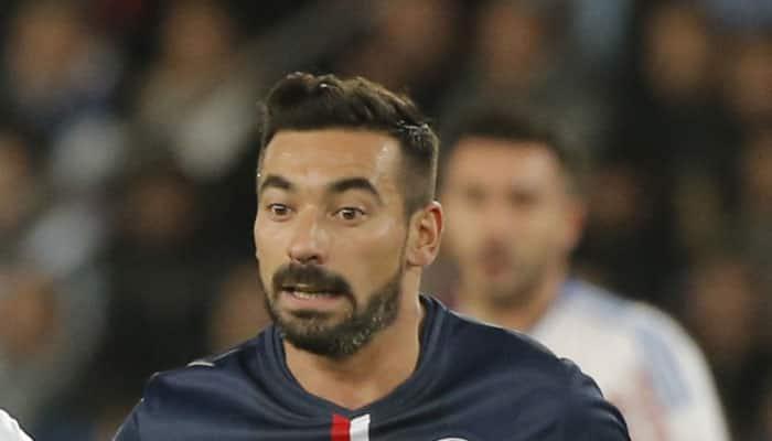 Ligue 1: Late Ezequiel Lavezzi goal sends champions PSG to the top