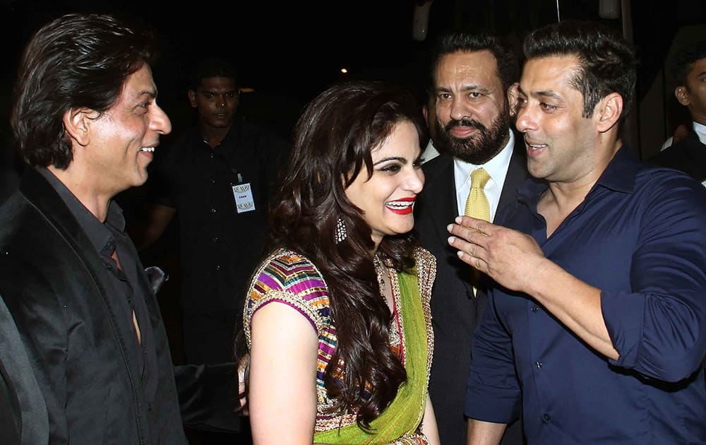 Salman and Shahrukh Khan at Arpita Khan's marriage reception in Mumbai. -dna
