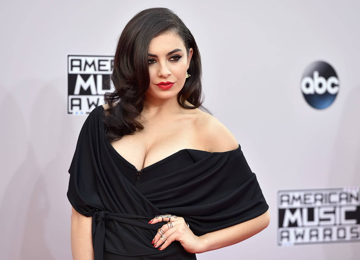 Charli XCX arrives at the 42nd annual American Music Awards at Nokia Theatre L.A.