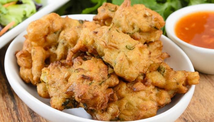 Recipe: Methi Ajwain Pakoda