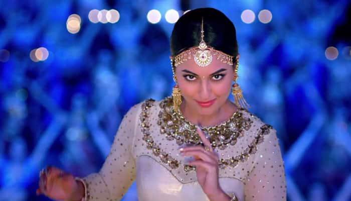 Watch: Sonakshi Sinha dances to 'Radha Nachegi' in 'Tevar'