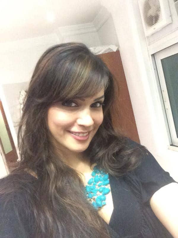 Isha Koppikar :-#selfie Off to Bosco martis's bday paty - Twitter