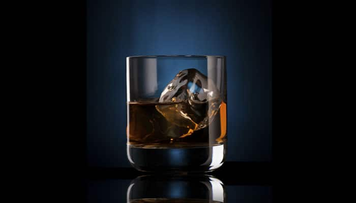 Why whisky creates gorgeous patterns at bottom of glass