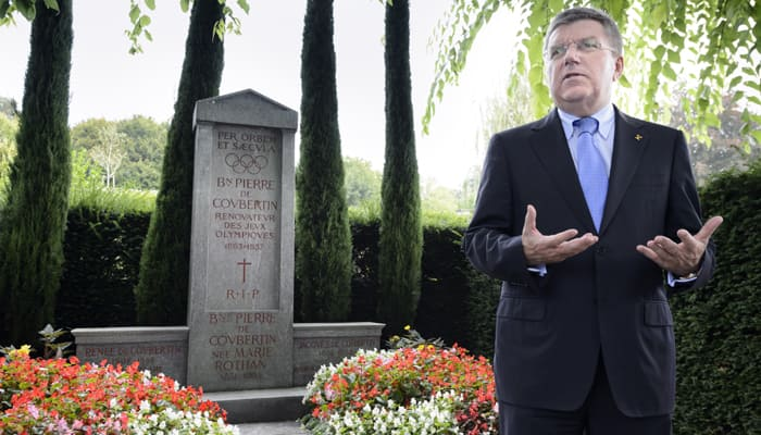 2022 World Cup, Olympics must not clash, says Thomas Bach