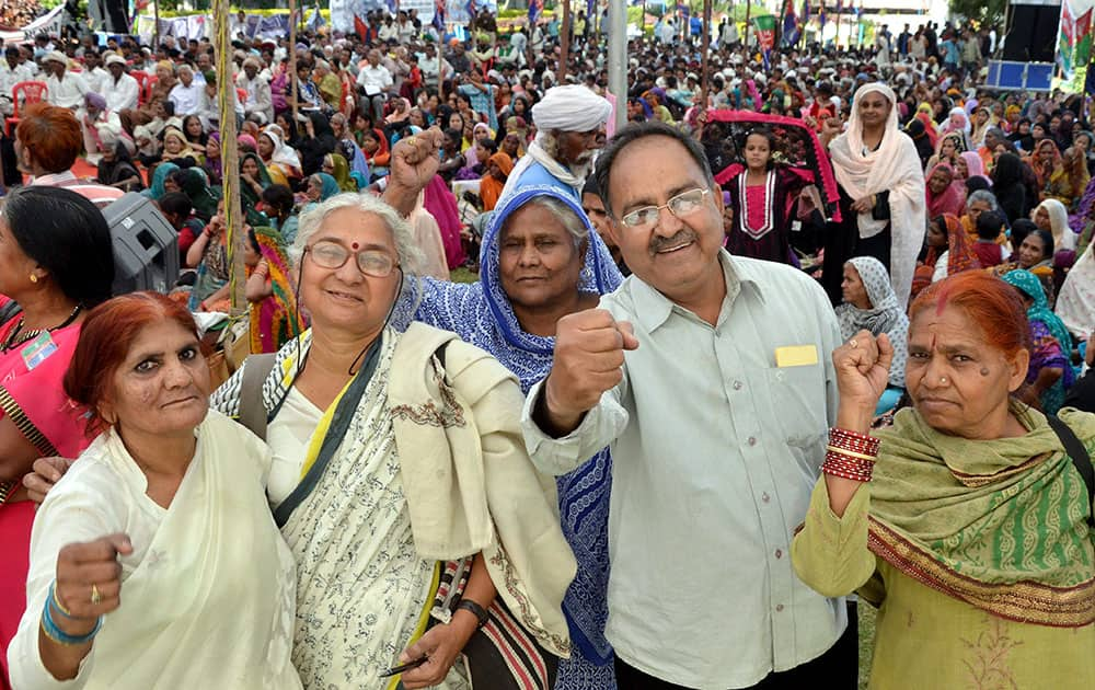 Narmada Bachao Andolan leader Medha Patkar joins with the survivors of Bhopal Gas disaster during a protest to mark the anniversary of tragedy, in Bhopal.