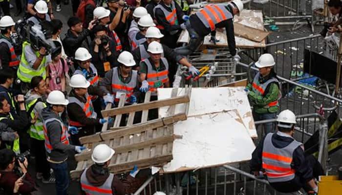 Hong Kong begins clearing main pro-democracy protest camp