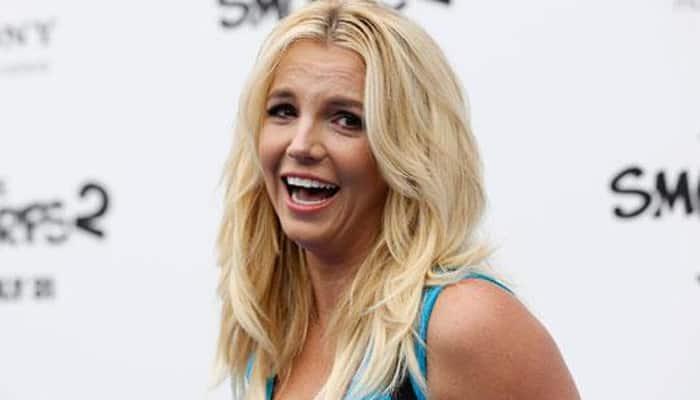 Britney Spears sparks photoshop debate