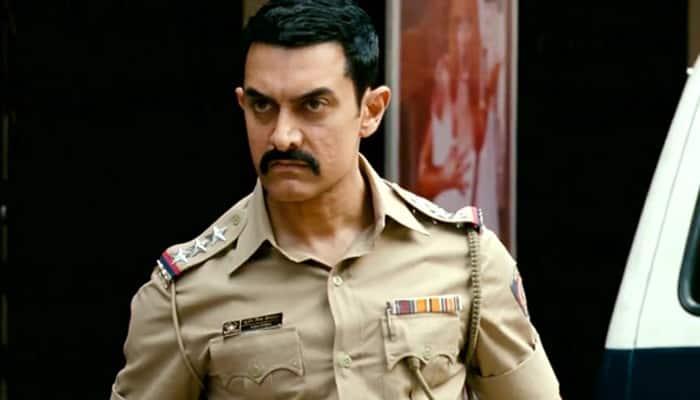 Aamir Khan as a cop in 'Talaash'.